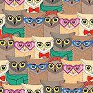 Muster mit niedlichen Eulen mit trendigen Accessoires - Brille, Fliege, Blumen, Schal von Viktoriia