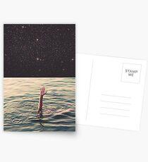 Im Weltraum ertrunken Postkarten