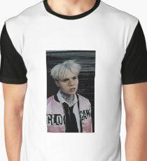 BEXEY SWAN Graphic T-Shirt