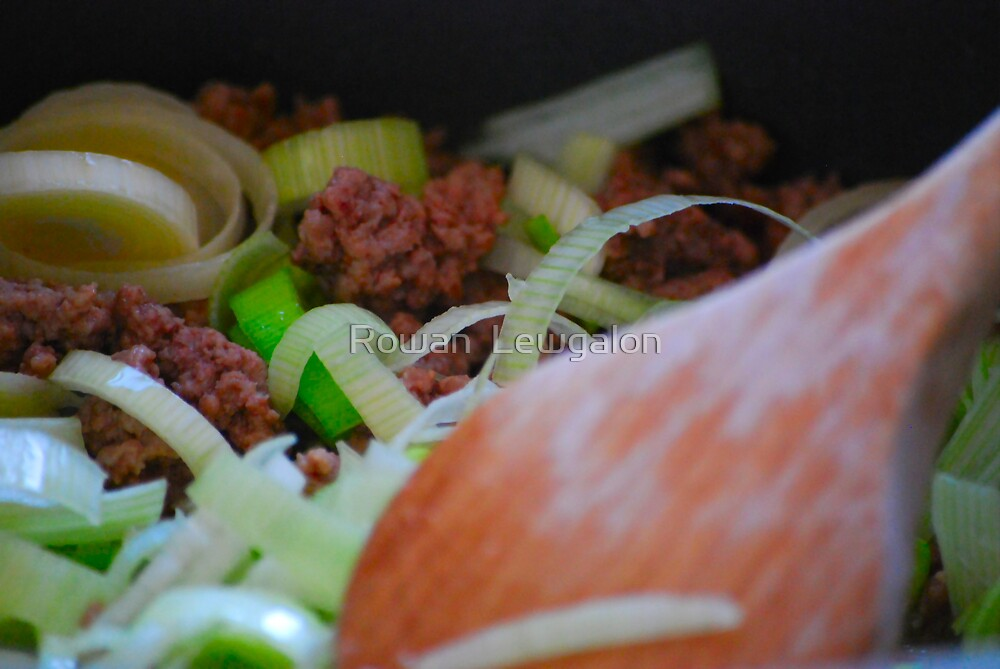 Cooking by Rowan  Lewgalon