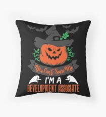Cojín de suelo Halloween T-Shirts & Gifts: You Can't Scare Me I'm a Development Associate