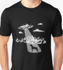 Doberman Pinscher Alien Abduction Dog Funny Gift Unisex T-Shirt