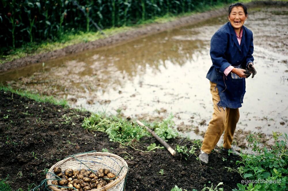 Female Chinese Farmer by eyesoftheeast