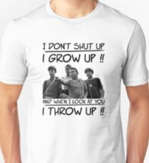 Ich schließe nicht Ich werde erwachsen Slim Fit T-Shirt