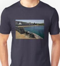 Islay: Bunnahabhain Distillery Unisex T-Shirt
