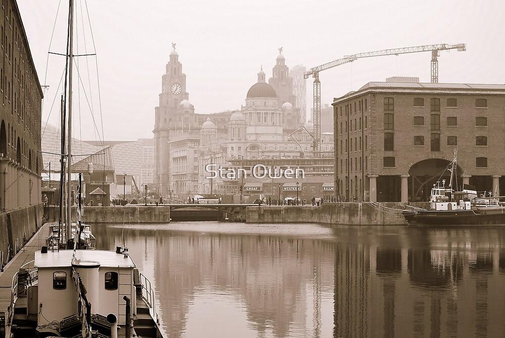 Albert Dock by Stan Owen