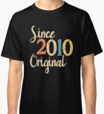2010 birthday vintage retro Classic T-Shirt