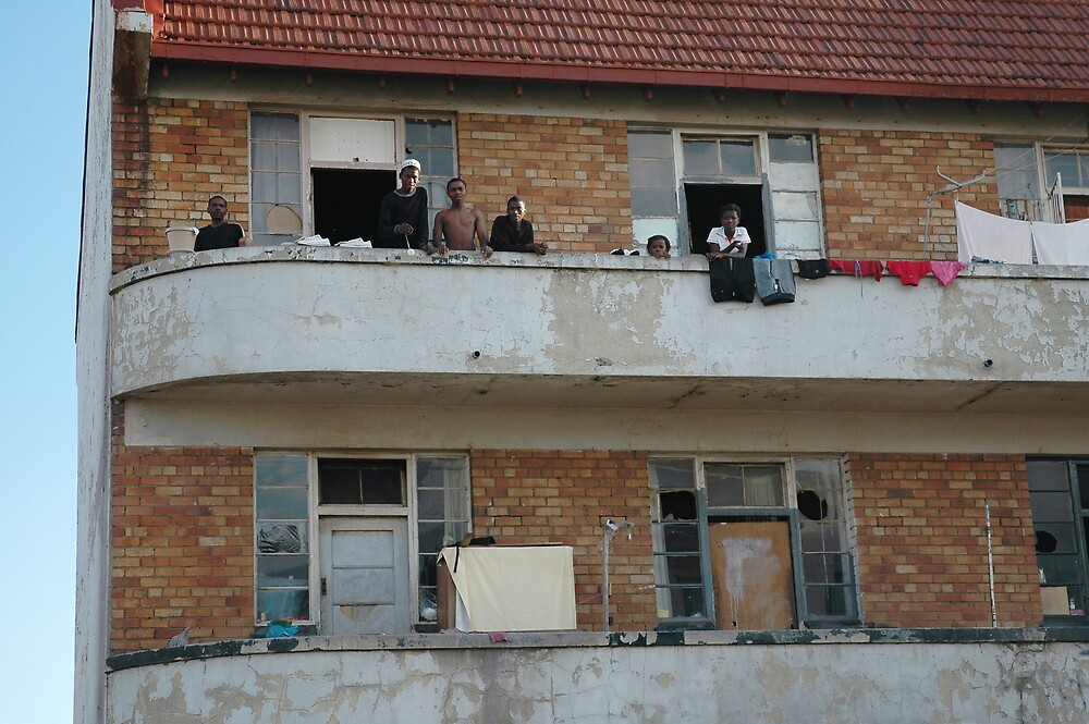 yoyo on the balcony by Kate Wilhelm