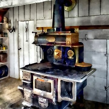 Coal Stove in Kitchen by SudaP0408