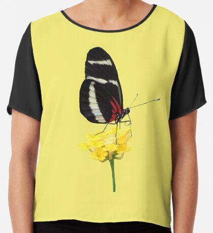 zauberhafter Schmetterling auf einer gelben Blume, Insekt, Natur Chiffontop