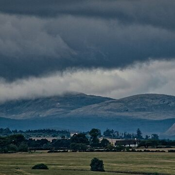 Storm Looming over the Scottish Highlands by gerdagrice