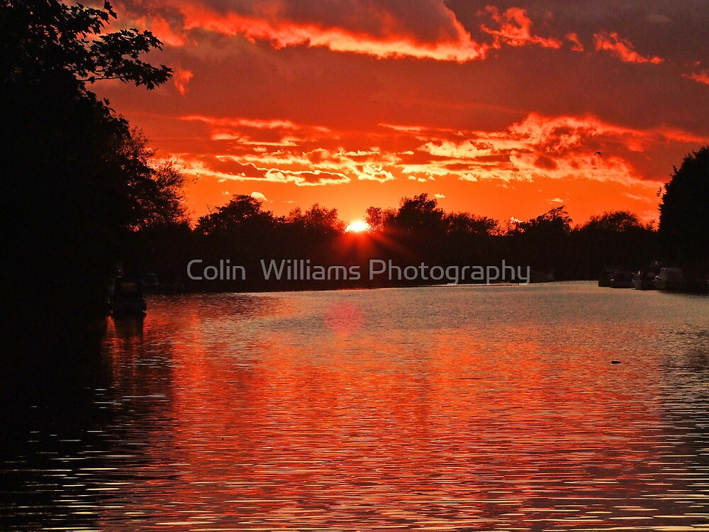 Red Sky at Night  by Colin  Williams Photography