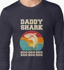 Daddy Shark Doo Doo Doo Vintage Fathers Day Dad Long Sleeve T-Shirt