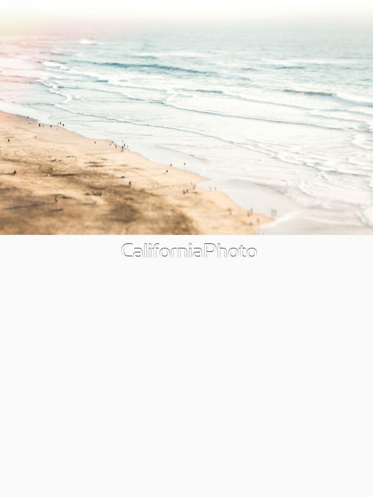 California, Los Angeles, beach, seaside, ocean, surf by CaliforniaPhoto
