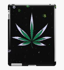 Bunte Marihuanablätter iPad-Hülle & Klebefolie