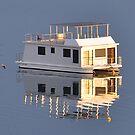 House Boat - Valentine NSW by Bev Woodman