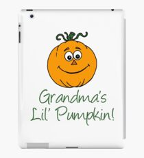 Der kleine Kürbis der Großmutter, der Karikatur, lächelnden Kürbis kennzeichnet iPad-Hülle & Klebefolie