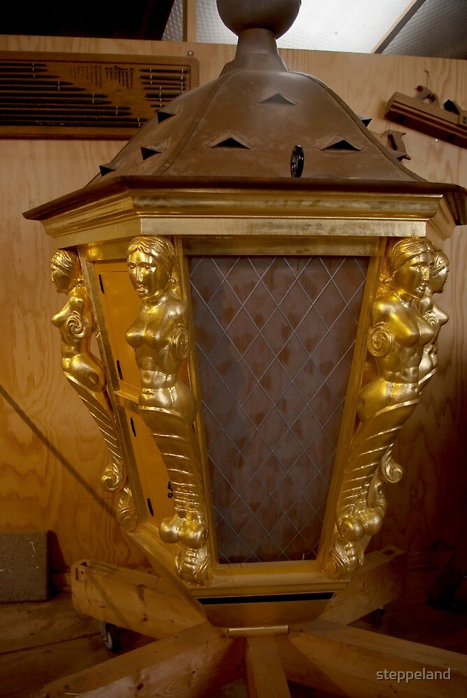 "Golden ship lantern for ""De 7 Provinciën"" by steppeland"