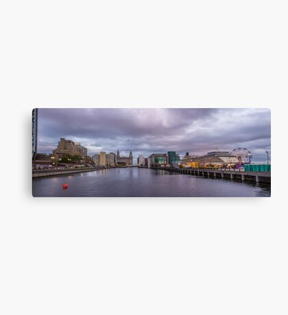 Queen Elizabeth Panorama Canvas Print
