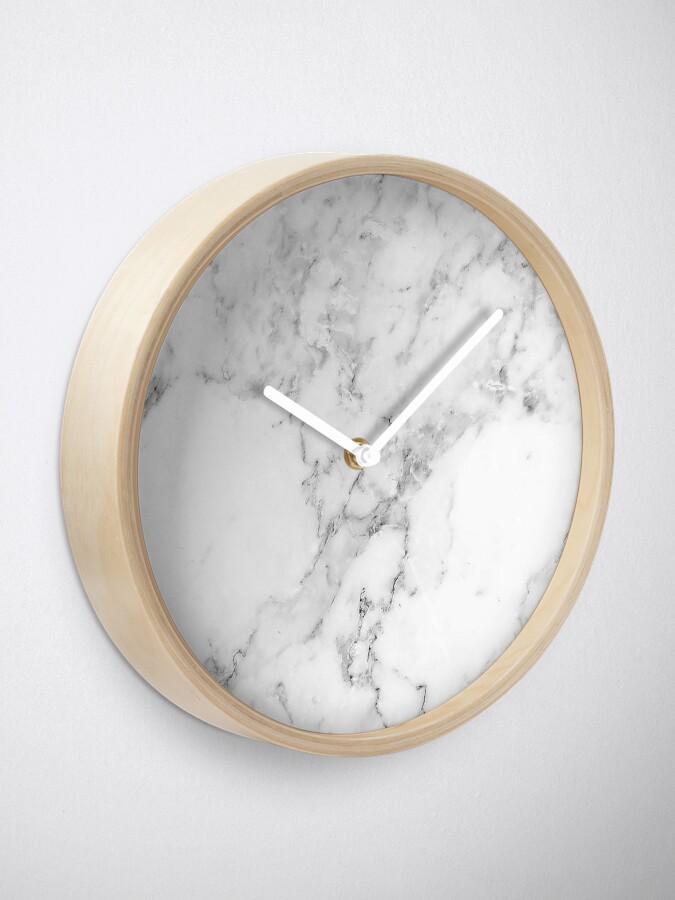 Alternative Ansicht von Marmor Uhr