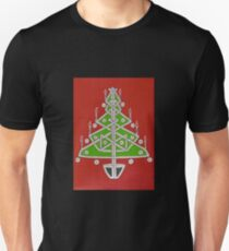 Celtic Christmas Tree Tee T-Shirt