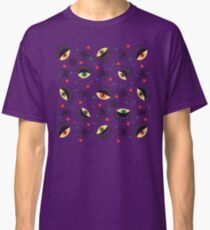 Reptile witch eyes retro pattern  Classic T-Shirt