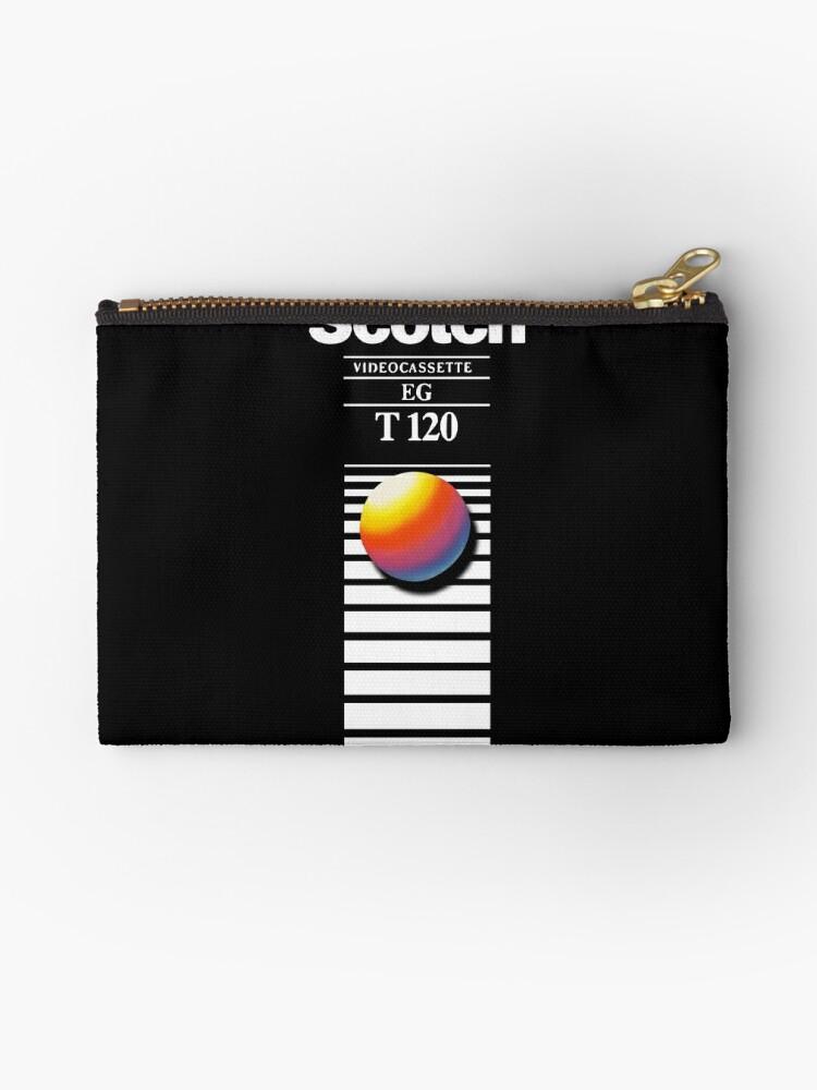 «Retro VHS tape vaporwave aesthetic» de GuitarManArts