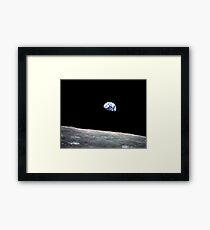 Earthrise über Mond, Apollo 8 Gerahmtes Wandbild