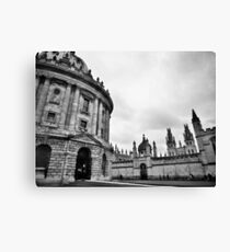 City building in black and white Canvas Print