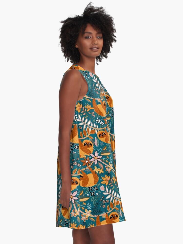 Alternative Ansicht von Glückliches Boho-Faultier mit Blumen A-Linien Kleid