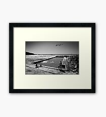 """Cool by the Pool"" Osprey Framed Print"