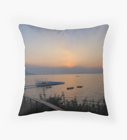 The sunset what I can't forget Throw Pillow