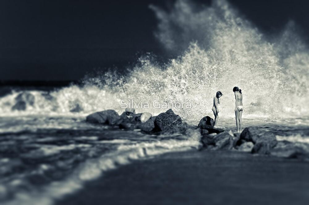 Big Wave by Silvia Ganora