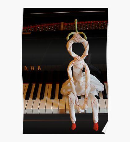 AHA! Dolly likes piano Poster