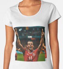 Gareth Bale - Wales Women's Premium T-Shirt