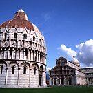 Piazza del Duomo by Wayne Gerard Trotman