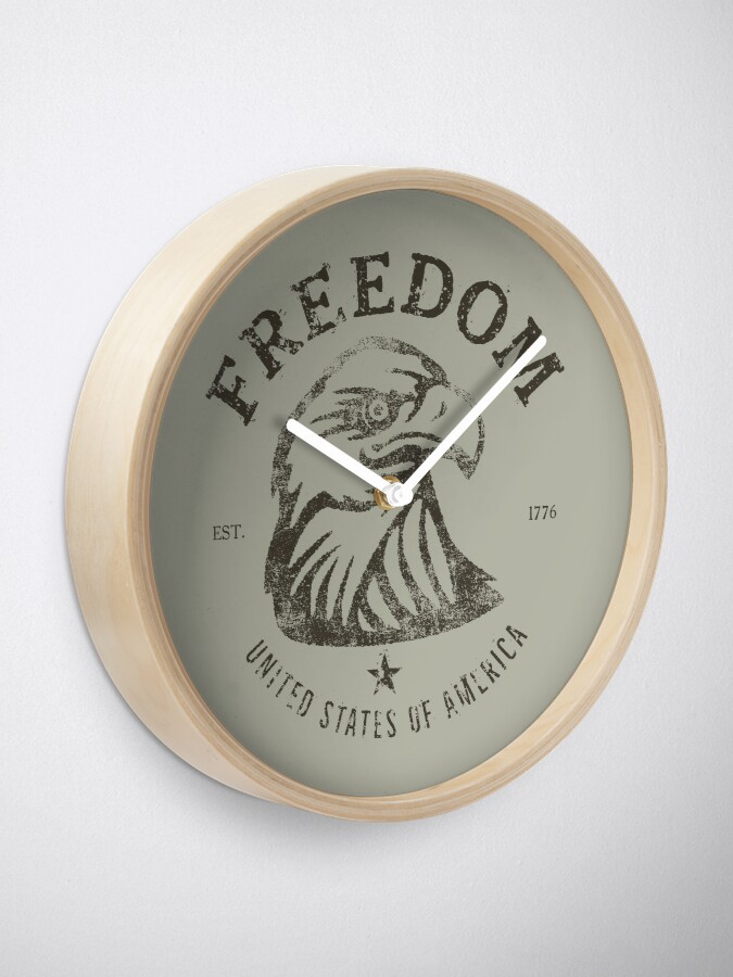 Alternate view of American Freedom Bald Eagle Dark Clock