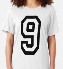 9, Team, Sport, Nummer 9, Neun, Neun, Wettbewerb. Slim Fit T-Shirt