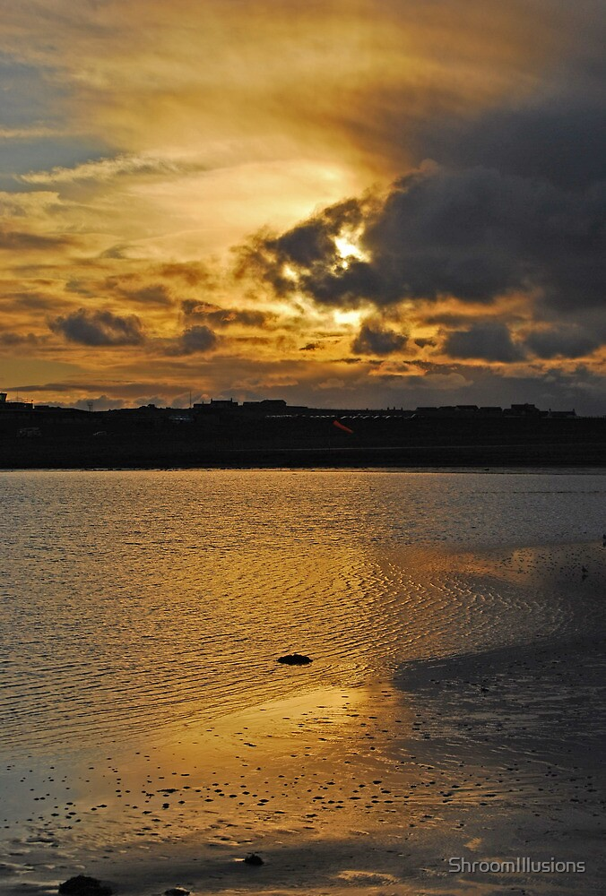 Sunset, Sumburgh Airport by ShroomIllusions