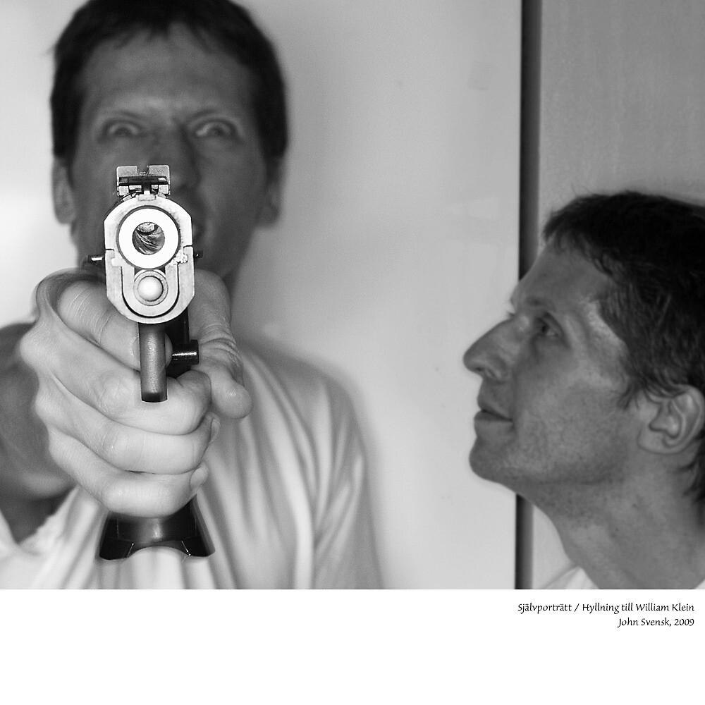 Self portrait, homage to William Klein by John Svensk