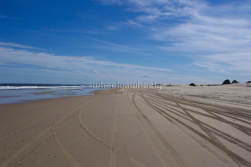 Stockton Beach by wheelyawheely