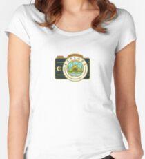 Erkunden Tailliertes Rundhals-Shirt