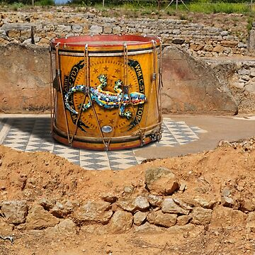 Mosaic Gecko on Drum in Pit by GolemAura