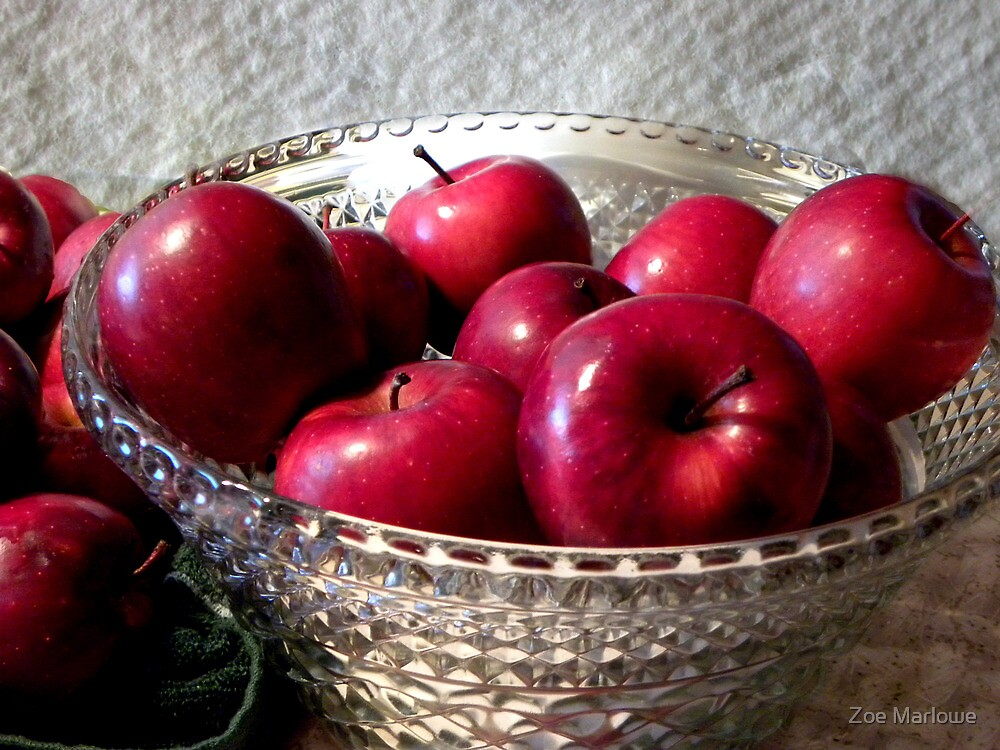 Pretty Red Apples by Zoe Marlowe
