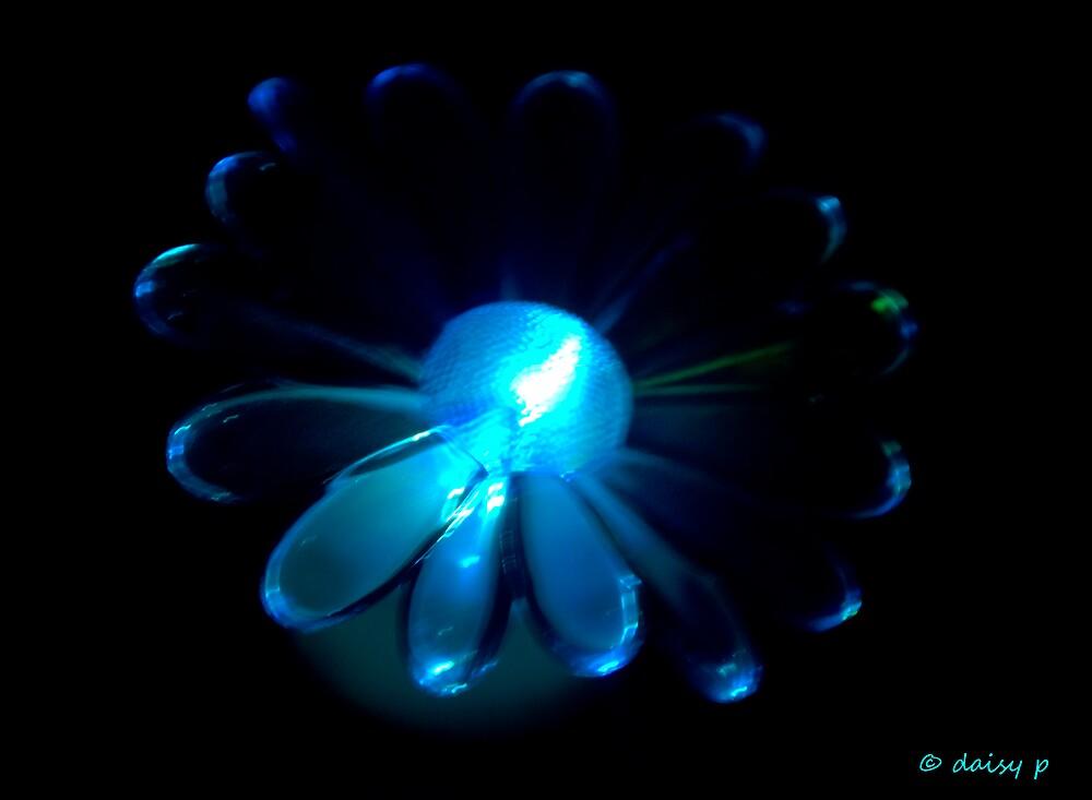 glowing blue daisy by daisymae