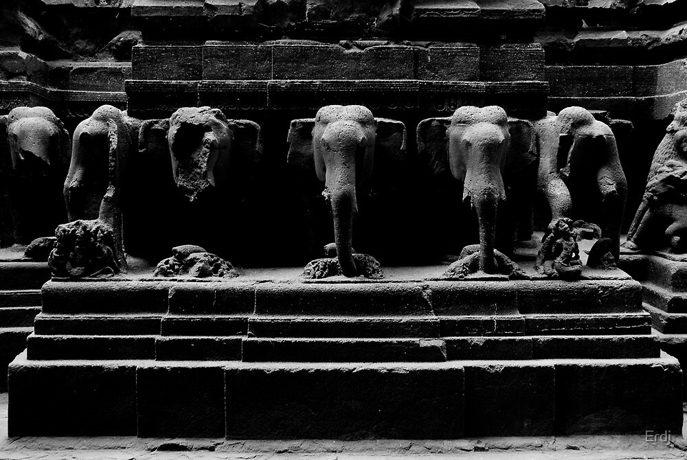 Carved elephants out of stone by Erdj