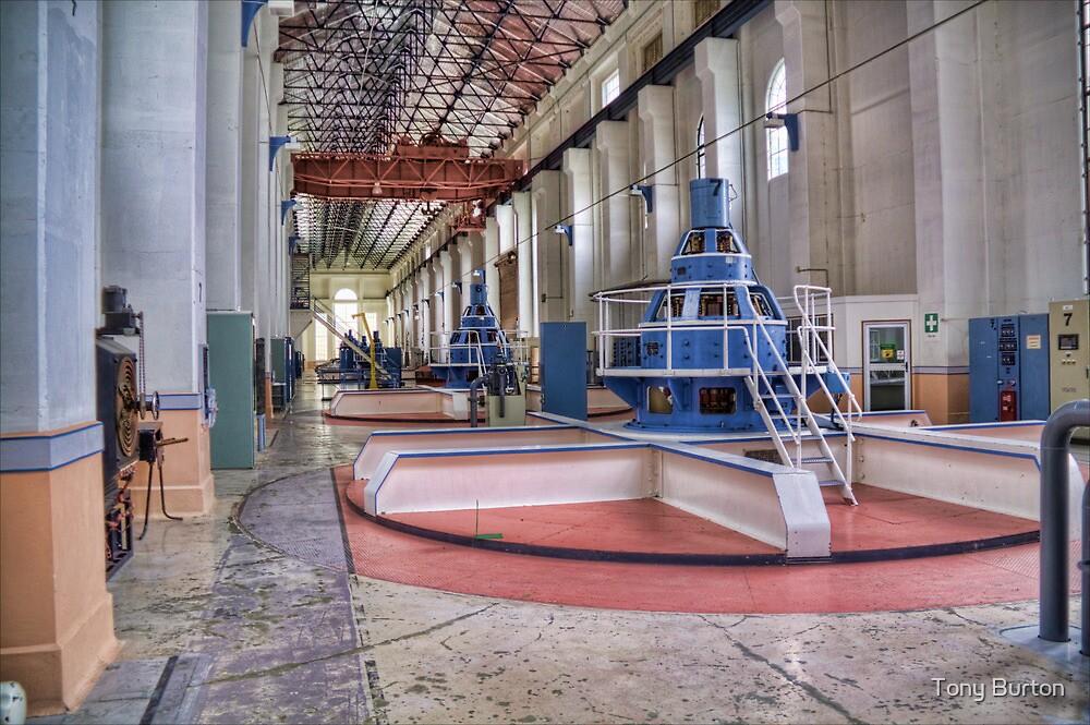 Waitaki Machine Hall by Antony Burton