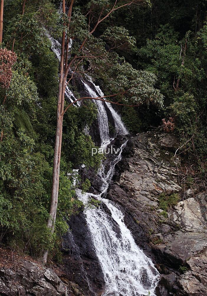 waterfall by paulv