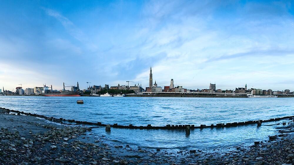 when tide is low by Dirk Depril