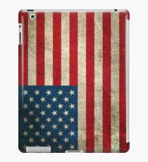 Old and Worn Distressed Vintage Flag of The United States iPad Case/Skin